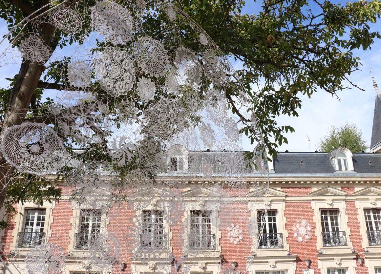L'histoire marquante d'un patrimoine unique : la dentelle de Chantilly
